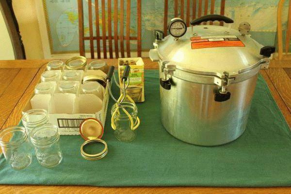 Как приготовить консервы из скумбрии в автоклаве