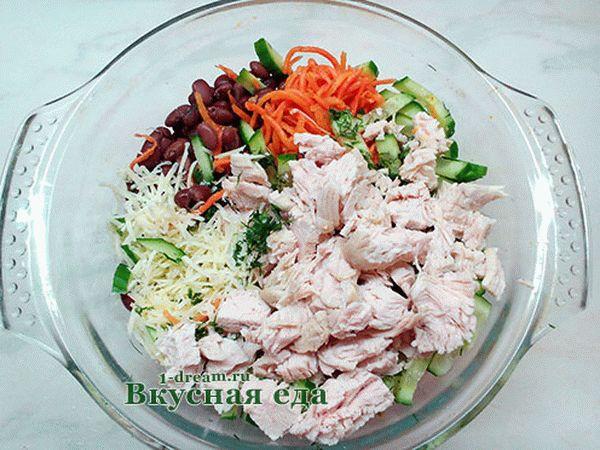 salatskoreyskoymorkovyuikuritseyifasolyu_3A515CC6.jpg